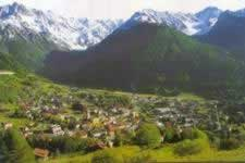 Tonale holidays on line mountain Alps travel hotels bed breakfast residence self-catering accommodation.