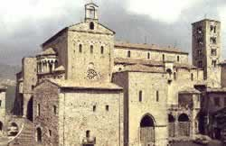 Anagni holidays on line art city country travel hotels bed breakfast residence self-catering accommodation.