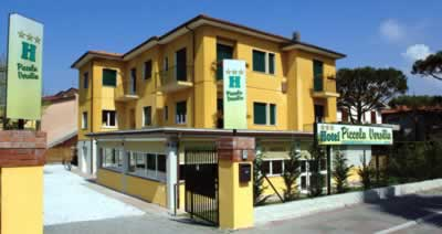Hotel Piccola Versilia (Massa and Marina di Massa)